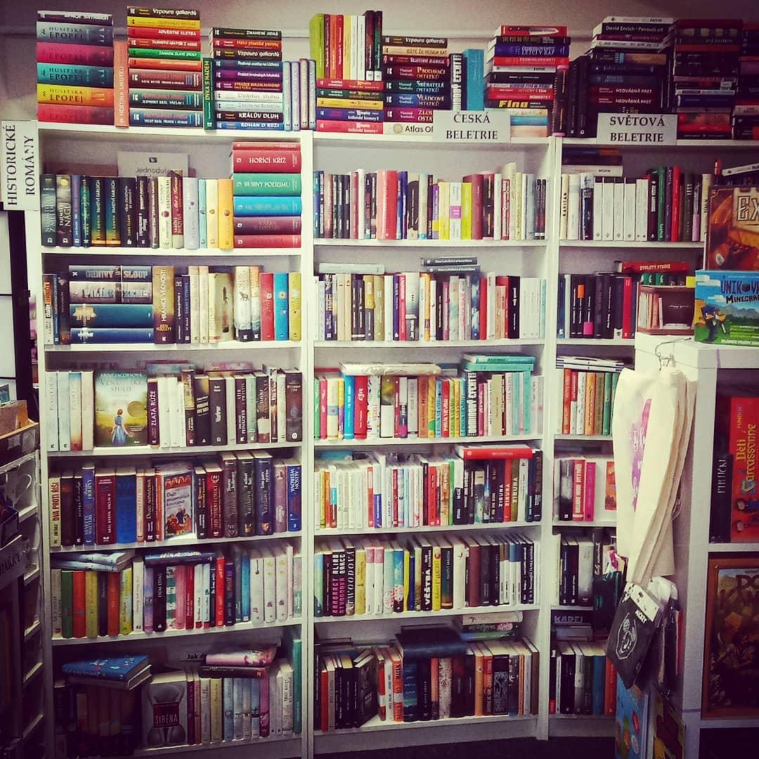 Knihkupectví Mezi řádky
