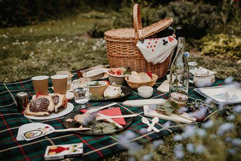 Piknikové koše u Ivoše v Bezejmenné čajovně na Kozlu